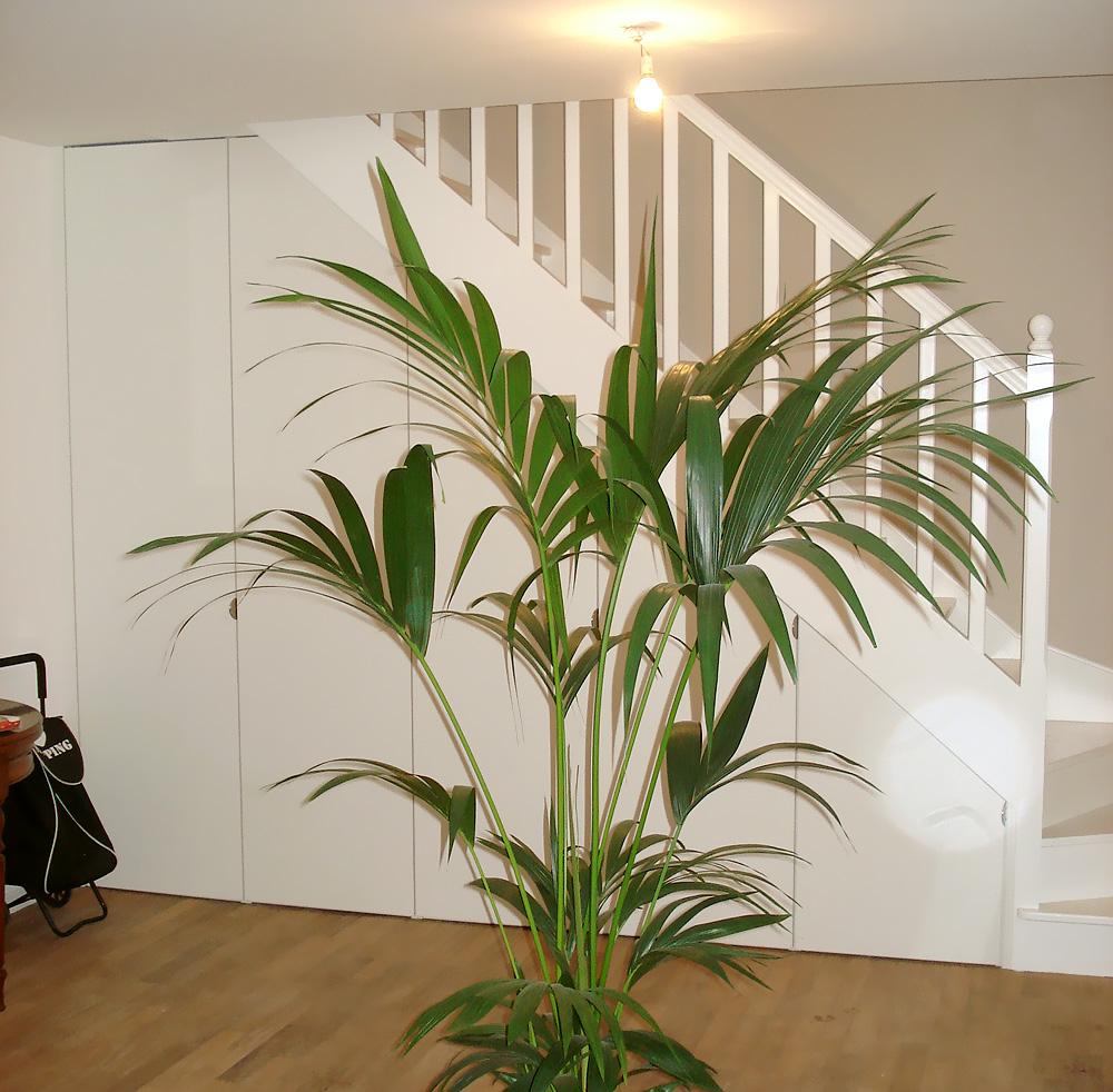 mbcmenuiserie.com/img/photos/large/agencement/escalier-placard-03.jpg